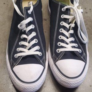 Converse Chuck Taylor All Star Men's size 11